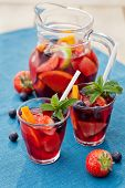 image of sangria  - Refreshing sangria drink  - JPG