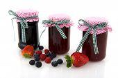 Glas Töpfe mit Marmelade