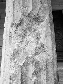 foto of raid  - Column damaged by air raid bombing during WW2 in Berlin Museumsinsel in black and white - JPG