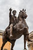 pic of piazza  - Equestrian statue of Marcus Aurelius in Piazza del Campidoglio in Rome - JPG