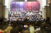 MOSCOW - MAY 19: Auditorium and night concert Academic big chorus of RSUH at metro stations Kropotki