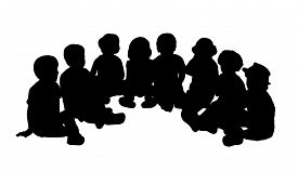 foto of semi-circle  - silhouette of a group of children of 3 - JPG
