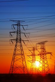 picture of electricity pylon  - The evening electricity pylon silhouette - JPG