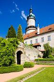 Castelo de Nove Mesto nad Metuji com jardim, República Checa