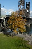 picture of portland oregon  - An old draw bridge in Portland Oregon - JPG