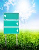 Green Empty Guidepost