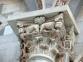 Pisa - Duomo escultórico
