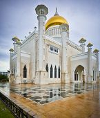 Sultan Omar Ali Saifuddin Mosque in Brunei