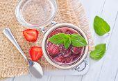 strawbwerry jam