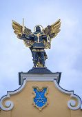 Sculpture of Archangel Michael on Maidan Nezalezhnosti.