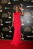 LOS ANGELES - JUN 22:  Shaun Robinson at the 2014 Daytime Emmy Awards Arrivals at the Beverly Hilton