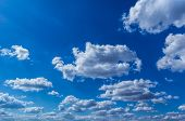 picture of cumulus-clouds  - The rays of the Sun - JPG