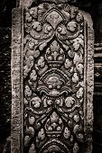 Banteay Srei carving column at Angkor Wat