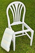 Uncomplete White Chair With Pad