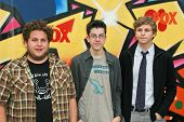Jonah Hill with Christopher Mintz-Plasse and Michael Cera at the 2007 Teen Choice Awards. Gibson Amp