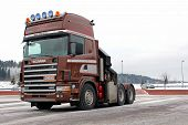 Brown Scania 144 Truck Tractor