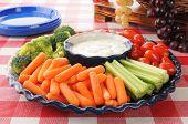 Plato de verdura con aderezo Ranch