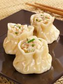 image of siomai  - Steamed Chinese siu mai filled with shrimp - JPG