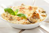 Baked Mushrooms with Cream Sauce