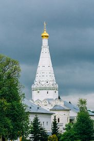 pic of trinity  - Church in Trinity Sergius Lavra - JPG