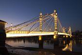Puente de Albert, Chelsea sobre el río Támesis, Londres