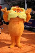LOS ANGELES - FEB 19:  Lorax arrives at the
