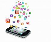 Ilustración de tecnología de los medios de comunicación con el teléfono móvil y los iconos