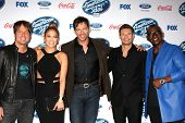 LOS ANGELES - FEB 20:  Keith Urban, Jennifer Lopez, Harry Connick Jr, Ryan Seacrest, Randy Jackson a