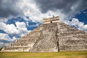 image of mayan  - El Castillo  - JPG