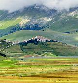 foto of plateau  - Piano Grande di Castelluccio  - JPG