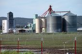 foto of klamath  - Large silos and barn in a field in Klamath Falls county south Oregon - JPG