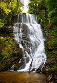 Blue Ridge Mountains rustgevende waterval landschap West North Carolina Nc