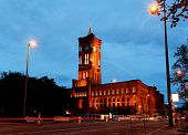 Rotes Rathaus At Night In Berlin