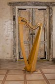Instrument harp
