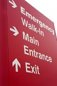 emergency hospital entrance sign