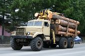 picture of skidder  - A stock photo of an old beige timber lorry - JPG