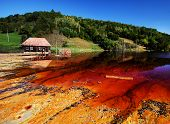 foto of taint  - Water pollution of a copper mine exploitation - JPG