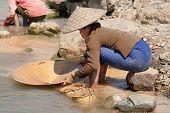 Lavagem de ouro no Rio