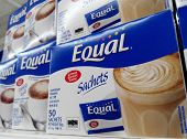 Equal artificial sweetener