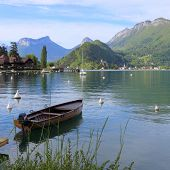 image of annecy  - Annecy lake in the alps - JPG