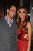 LOS ANGELES - 22 Mai: Bill Rancic, kommt Giuliana Rancic an der 37th Annual Gracie Awards Gala am