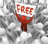 La palabra libre en una muestra de la bandera de un único hombre rojo en una multitud de personas, atraer clientes f