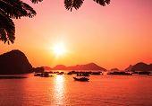 Baía de Halong, Vietname