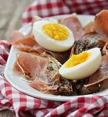 image of endive  - red endive eggs and hamon warm salad - JPG