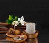 Spa feeling with bouquet gardenia, white candle