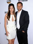 LOS ANGELES - SEP 28:  Camilla Luddington & Justin Chambers arrives to