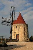 Historical  Windmill Of Alphonse Daudet  In Font Vieille