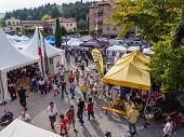 Market For Cycling Enthousiasts At L'eroica, Italy
