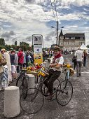 Retro Bicyclist
