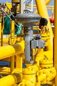 Control valve in oil and gas process, Use the control valve to auto control the process by PLC contr